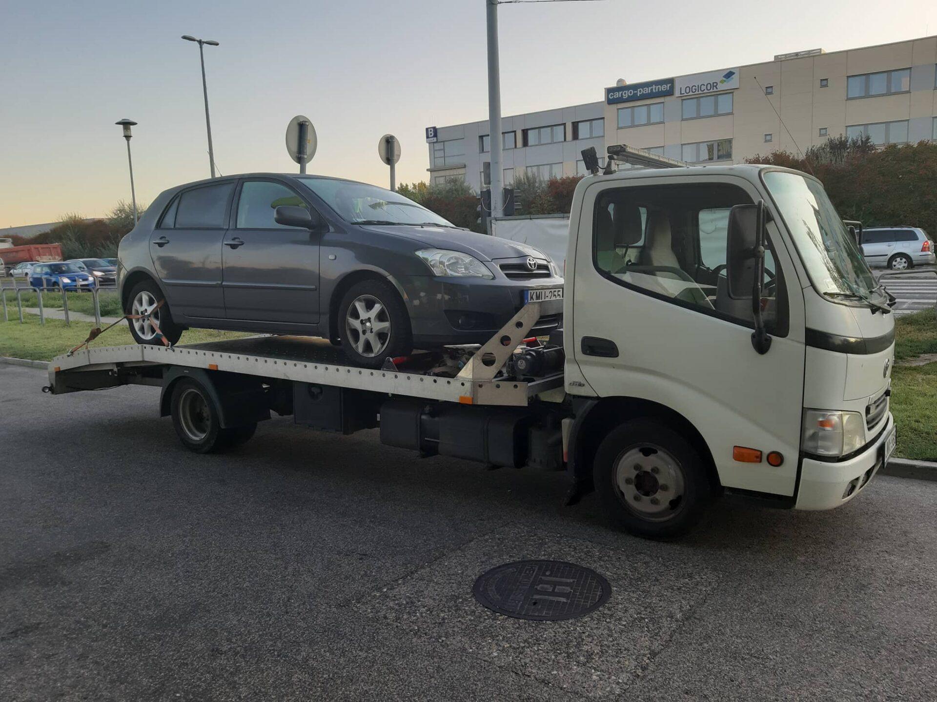 automentes-autoszallitas-treler Autómentés M0 autópálya